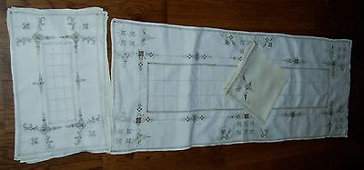 VINTAGE LINEN CUTWORK EMBROIDERED TABLE RUNNER,PLACEMATS & NAPKINS