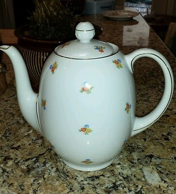 Fein Bayreuth Porcelain Tea Pot 7300 Sophenthal and Creamer (other photo)