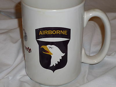 CUP ~AIRBORNE AIR ASSULT WITH EAGLE EMBLEM