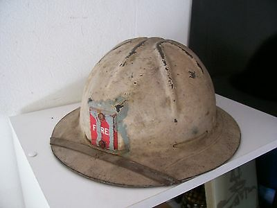 Old hat. Ancien chapeau fire fireman?pompier