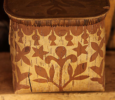 Superb Circa 1880's Algonquin Indian Birch Bark Container with Lid