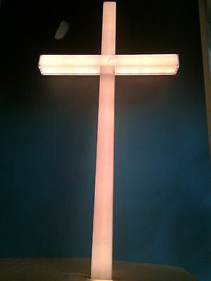 4 FT TALL LIGHTED HOLIDAY CHRISTMAS CROSS (INDOOR OUTDOOR)