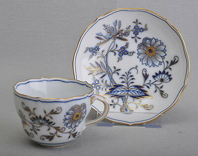 Meissen Coffee Cup & Saucer Onion Pattern With Gold Frame 1 Choice