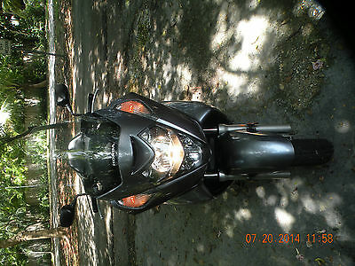 Honda : Other 2007 honda silverwing 600 cc with 4100 miles in excellent condition low reserve