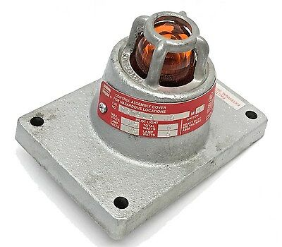 Crouse-Hinds DSD946-J6 Explosion Proof Factory Sealed Cover Single Pilot Light