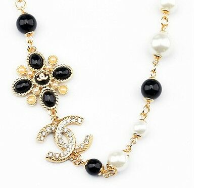 New Betsey Johnson Pretty crystal and pearl necklace N193