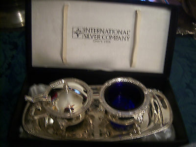 International Silver Company tray creamer and sugar COBALT BLUE INSIDES IN VELVE
