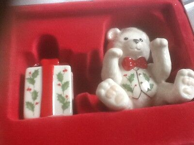 Lenox 2004 Holiday Teddy and Present Salt and Pepper Shakers