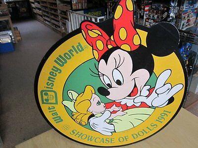 Schild Werbung Werbeschild Disneyana Walt Disney World Showcase of Dolls 1991