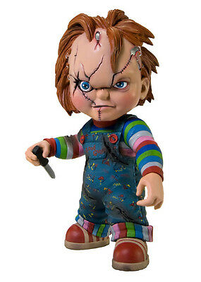 Chucky Childs Play Vinyl Figure Mezco action figure new in package 7in tall
