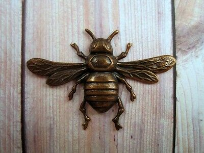 Large Antiqued Brass Bee Stamping (1) - ANTRAT6591 Jewelry Finding