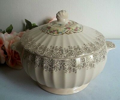 Vtg 1930's American Limoges peach serving covered dish,bowl casserole.Roses
