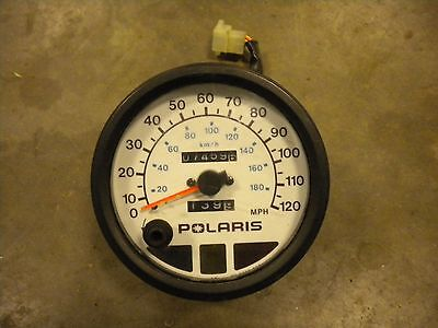 Polaris XC RMK 600 700 800 2002 Edge Speedometer Gauge Assembly