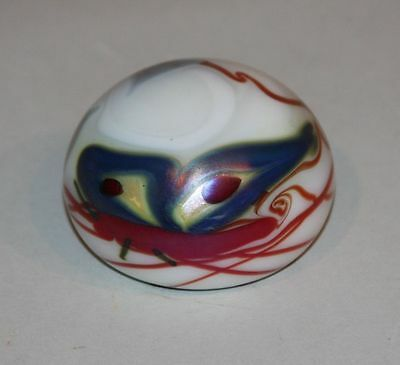 1974 - EX Signed Orient & Flume Art Glass Paperweight Butterfly Hearts on White