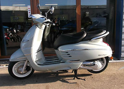 Peugeot Django Heritage 125 BRAND NEW SCOOTER LEARNER LEGAL