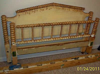 Early American Antique Spool Bed w/ Bed Bolts, Walnut & Ash