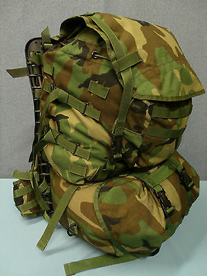 MOLLE II RIFLEMAN BACKPACK/RUCKSACK with RADIO  POUCH. Woodland Camo. USGI