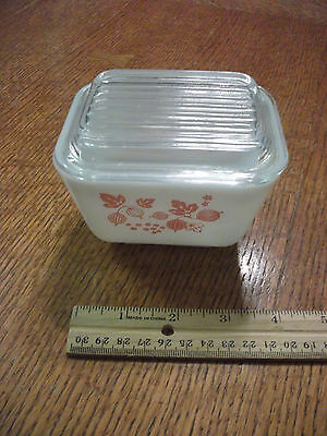 Pyrex Pink Gooseberry Refrigerator Dish With Lid 1 1/2 Cup 501