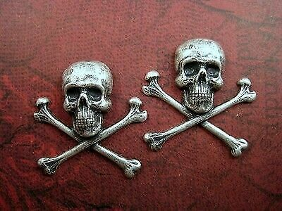 Oxidized Silver Plated Brass Skull And Cross Bones Stampings (2) - SOFFA4124