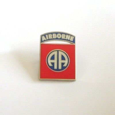 82nd AIRBORNE  DIVISION (Badge émail/pin's)