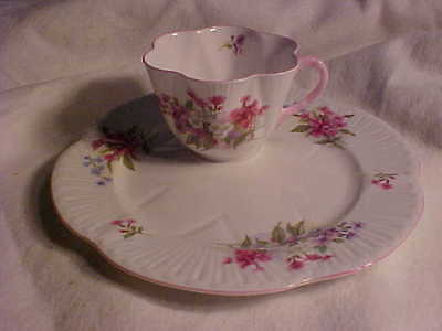 Shelley Pink Stocks Scalloped Cup/Luncheon/Snack Plate Set Bone China England