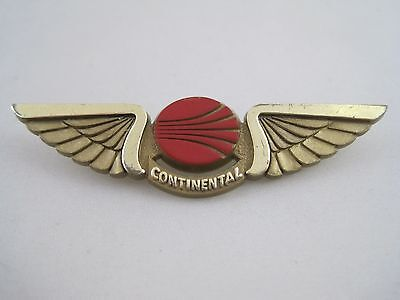 Vintage Red Continental Airlines Pilot Wings Plastic Pinback
