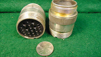 (1) PL-122 Breeze Connector for AN/ARN-7 Radio Compass NOS Military