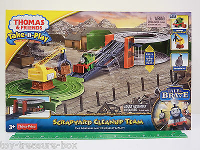 "Thomas & Friends Take-n-Play Portable Playset ""SCRAPYARD CLEANUP TEAM"" Ages 3+"