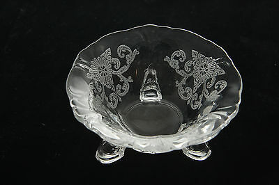 HEISEY GLASS QUEEN ANNE OLD COLONY ETCH INDIVIDUAL NUT DISH SALT CELLAR