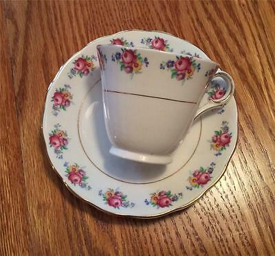Colclough China Cup and Saucer Bone China Made In Longton England  30