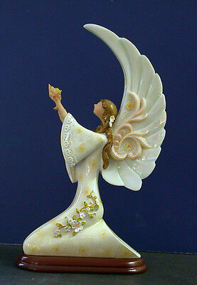 KNEELING FLORAL ANGEL STYLIZED PASTELS HOLIDAY CHRISTMAS