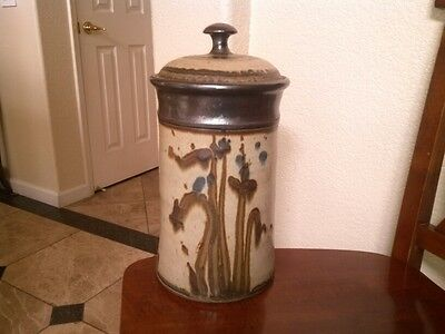 """SUPERB VINTAGE SIGNED WILLIAM CREITZ 79 COOKIE JAR/CANISTER, VERY TALL 12"""""""