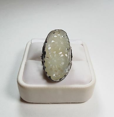 ANTIQUE CHINESE STERLING SILVER CARVED WHITE JADE RING