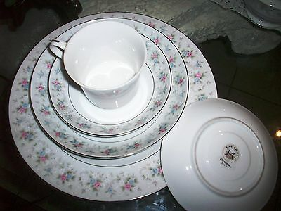 Set CORSAGE 3142 Fine China of Japan- White w Pink Blue Flowers