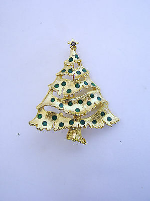 VINTAGE GOLDTONE TIERED CHRISTMAS TREE BROOCH WITH ENAMEL EMERALD GREEN BALLS