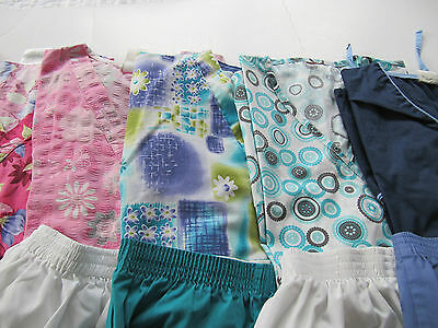 Womans Lot Of Scrub Sets, 5 Tops, 5 Pants, Very Nice     Size M  (Box 230)