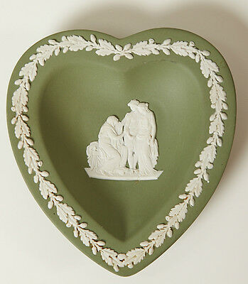 VINTAGE WEDGWOOD JASPERWARE GREEN TRINKET TRAY DISH Classic Made in England