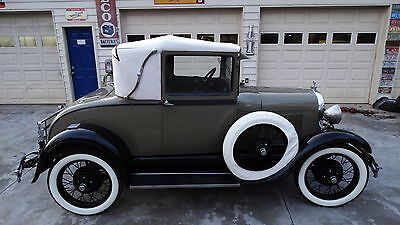 Ford : Model A SPORT COUPE 1928 model a sport coupe all metal rumble seat