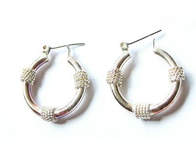 Vintage Silver Tone Mariner Nautical Rope Accent Hoop Earrings With Snap Closure