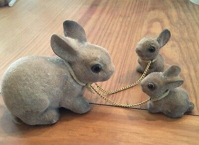 Vtg Norleans Flocked Bunny Rabbit Figurines Mother Chain Babies Easter Animals