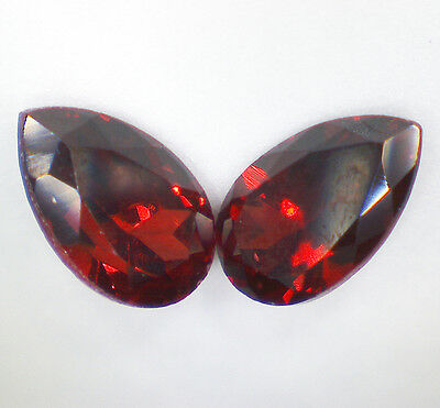 2 GARNET PYROPE faceted pear 5x3 mm 0,59 cts pair EC - Saphirboutique