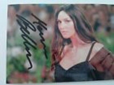 Photo de Monica Bellucci signature autographe E3!!!!!!!!!!!!!!!!!!!!!!!!!!!!!!!!