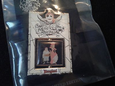 Disney DLR - Pirates of the Caribbean Bride Spinner  pin