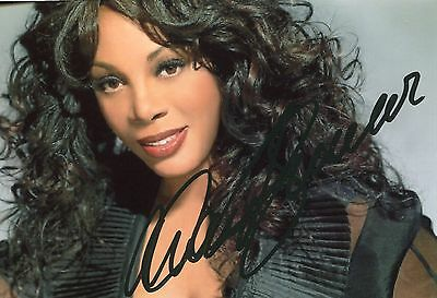 Photo de Donna Summer signature autographe E3!!!!!!!!!!!!!!!!!!!!!!!!!!!!!!!!!!!