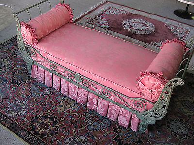 ANTIQUE, FANCY CAST IRON DAY BED C-1860-1880