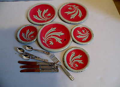 Vintage 6 pc. Metal Toy Dishes & Plastic Flatware