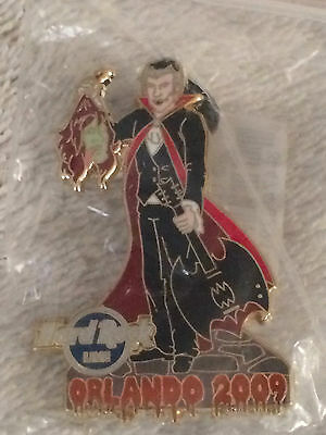 Hard Rock Cafe HRC pin HALLOWEEN Orlando Live 2009 Vampire Dracula