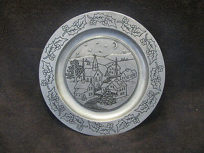 Wilton pewter Christmas town wall hanging plate