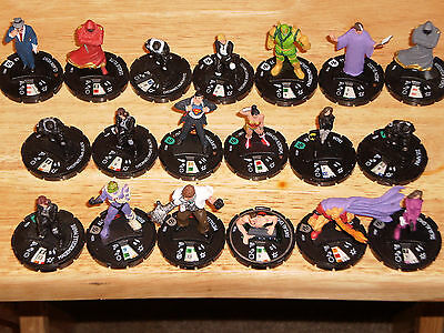 Lot of BRAVE AND THE BOLD Heroclix figures
