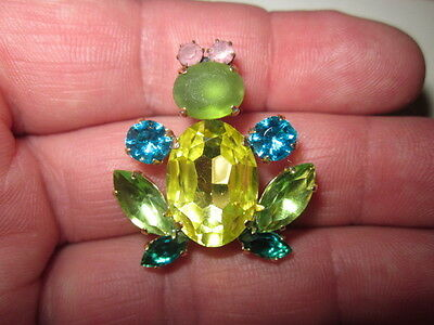 VINTAGE  BROOCHES  FROG - HAND CRAFTED CZECH GLASS CLAW SET IN METAL xxx362